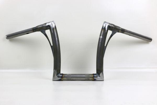 "Flow-bar Lenker SUPER FAT aus 1,4"" Rohr, medium, alle M8 Softail Mod. m.1¼ "" Risers, elek. Gasgr., r"